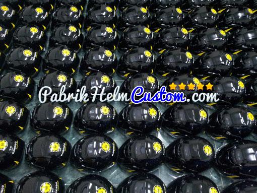 Helm Custom Kanindo